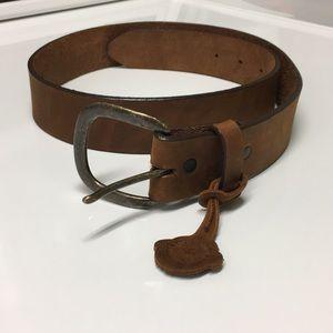 NWOT Justin Leather Belt